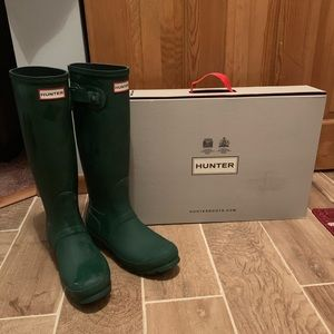 Green Matte Hunter Boots